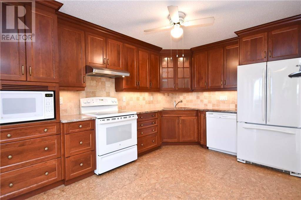Apartment for rent at 200 Lafontaine Ave Unit 1608 Ottawa Ontario - MLS: 1177998