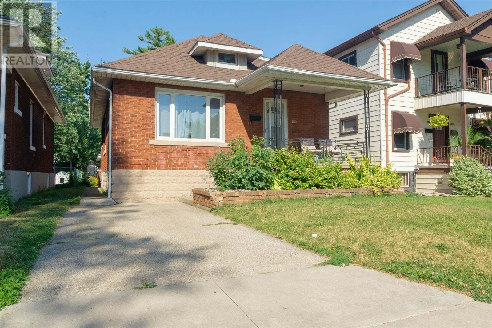 House for sale at 1608 Hall Ave Windsor Ontario - MLS: 20008316