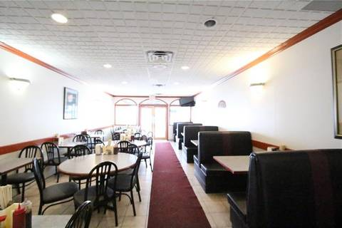 Commercial property for lease at 1609 Centre St Northwest Calgary Alberta - MLS: C4281358