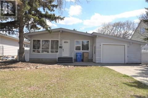 House for sale at 161 Orchard Cres Regina Saskatchewan - MLS: SK771770