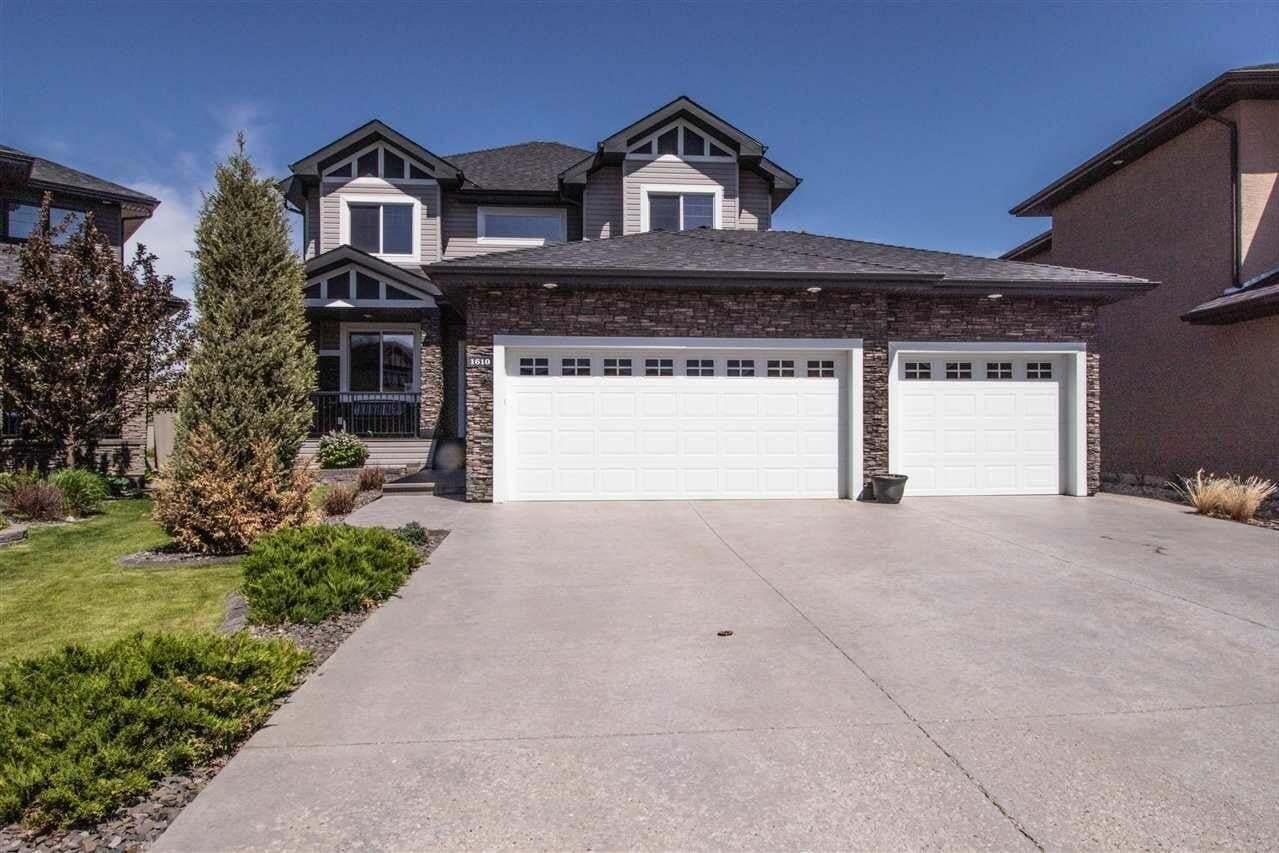 House for sale at 1610 Adamson Cl SW Edmonton Alberta - MLS: E4216115