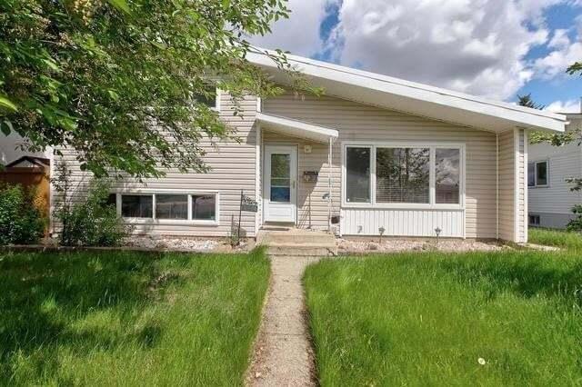 House for sale at 16106 87a Av NW Edmonton Alberta - MLS: E4196357