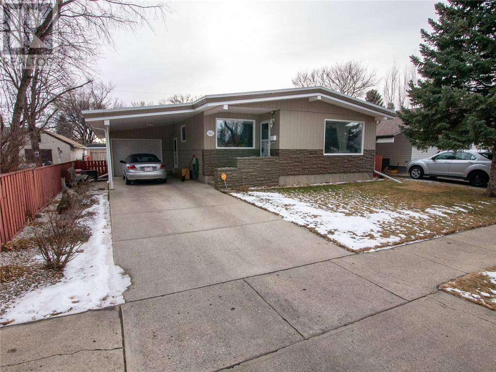 House for sale at 1614 2a Ave N Lethbridge Alberta - MLS: ld0188395