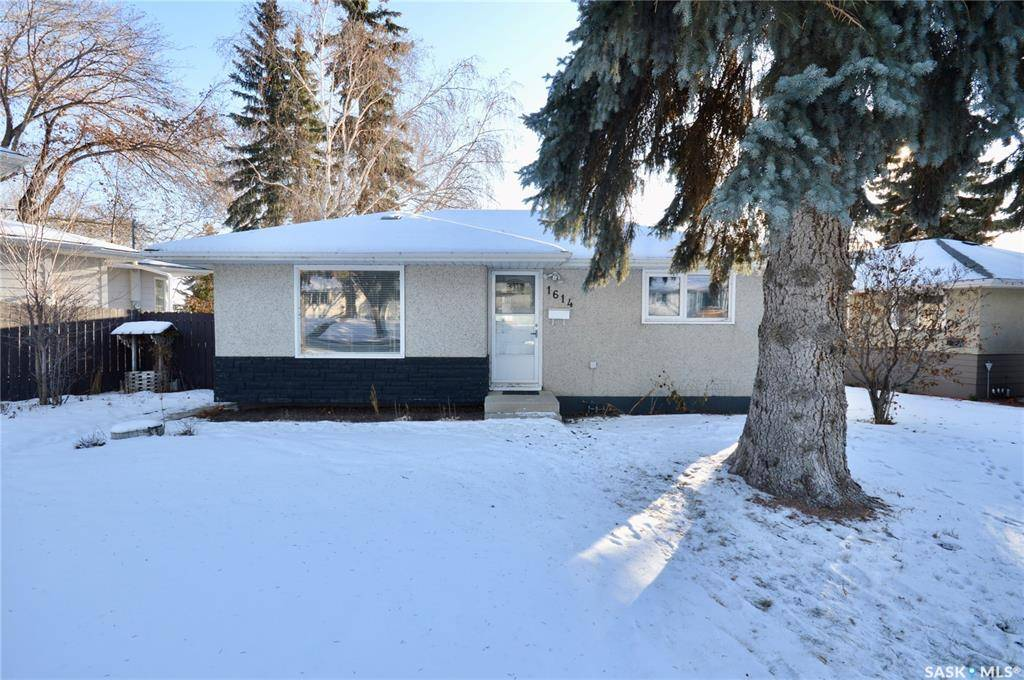 House for sale at 1614 9th Ave N Saskatoon Saskatchewan - MLS: SK788846