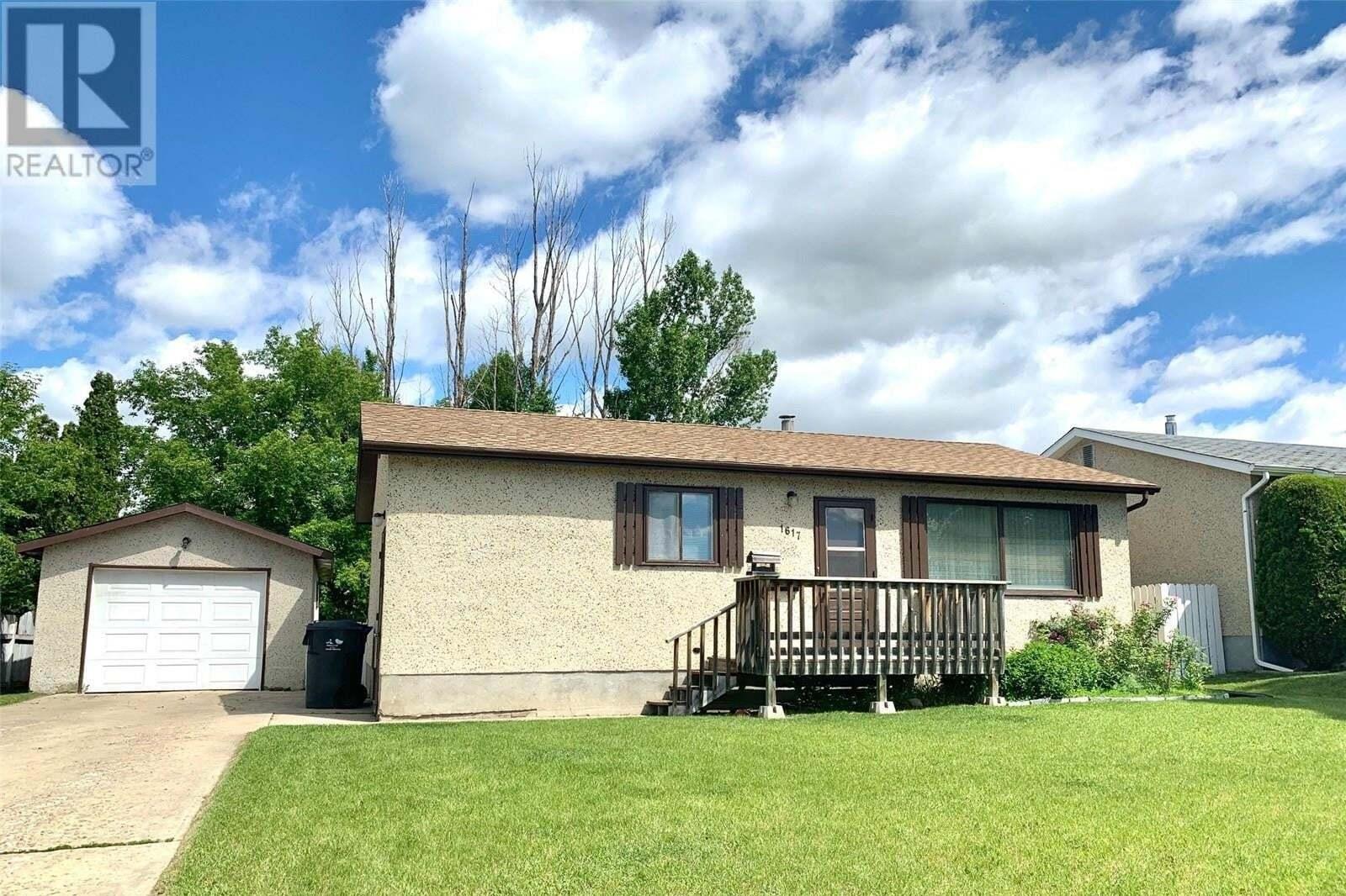 House for sale at 1617 St Laurent Dr North Battleford Saskatchewan - MLS: SK814573