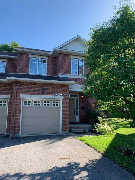 Townhouse for rent at 162 Gatespark Pt Ottawa Ontario - MLS: 1165824
