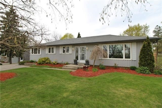 For Sale: 162 Old Homestead Road, Georgina, ON | 3 Bed, 2 Bath House for $569,000. See 18 photos!