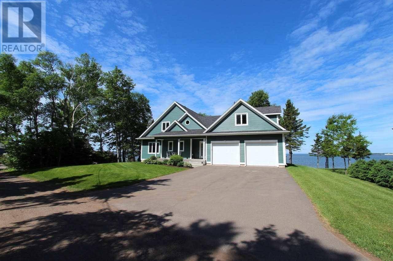 House for sale at 162 Schurmans Pt Summerside Prince Edward Island - MLS: 202001085