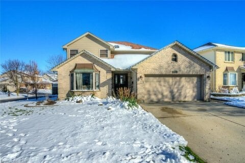 House for sale at 162 Whisperwood Ave London Ontario - MLS: 40049764