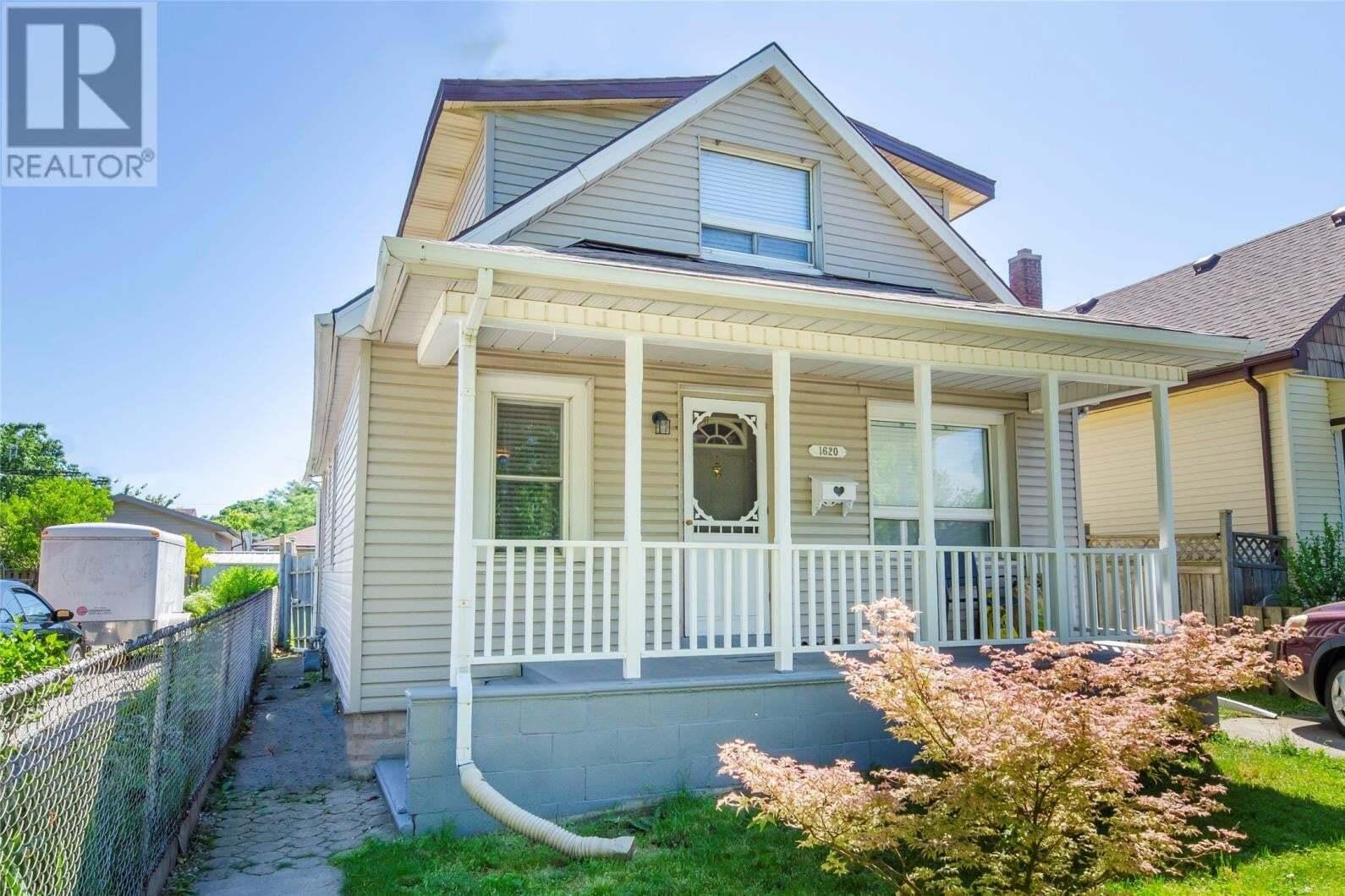 House for sale at 1620 St. Luke  Windsor Ontario - MLS: 20009270