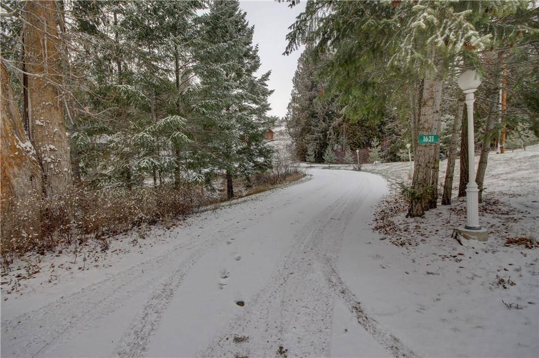 1621 Hood Road, Creston | Image 2