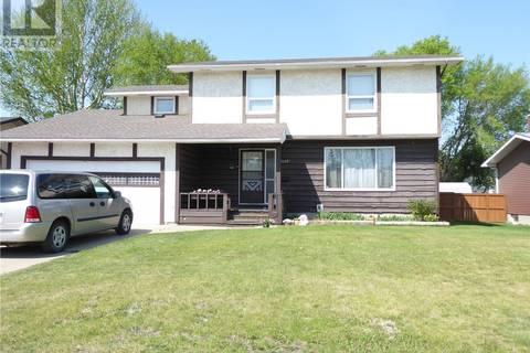 House for sale at 1622 Forest Dr Saskatoon Saskatchewan - MLS: SK773635