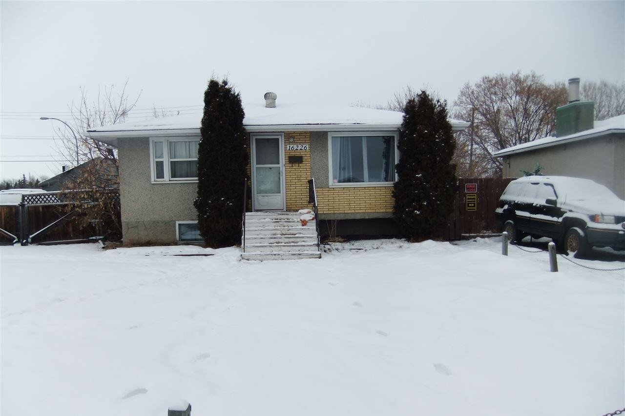 House for sale at 16226 100a Av NW Edmonton Alberta - MLS: E4184145