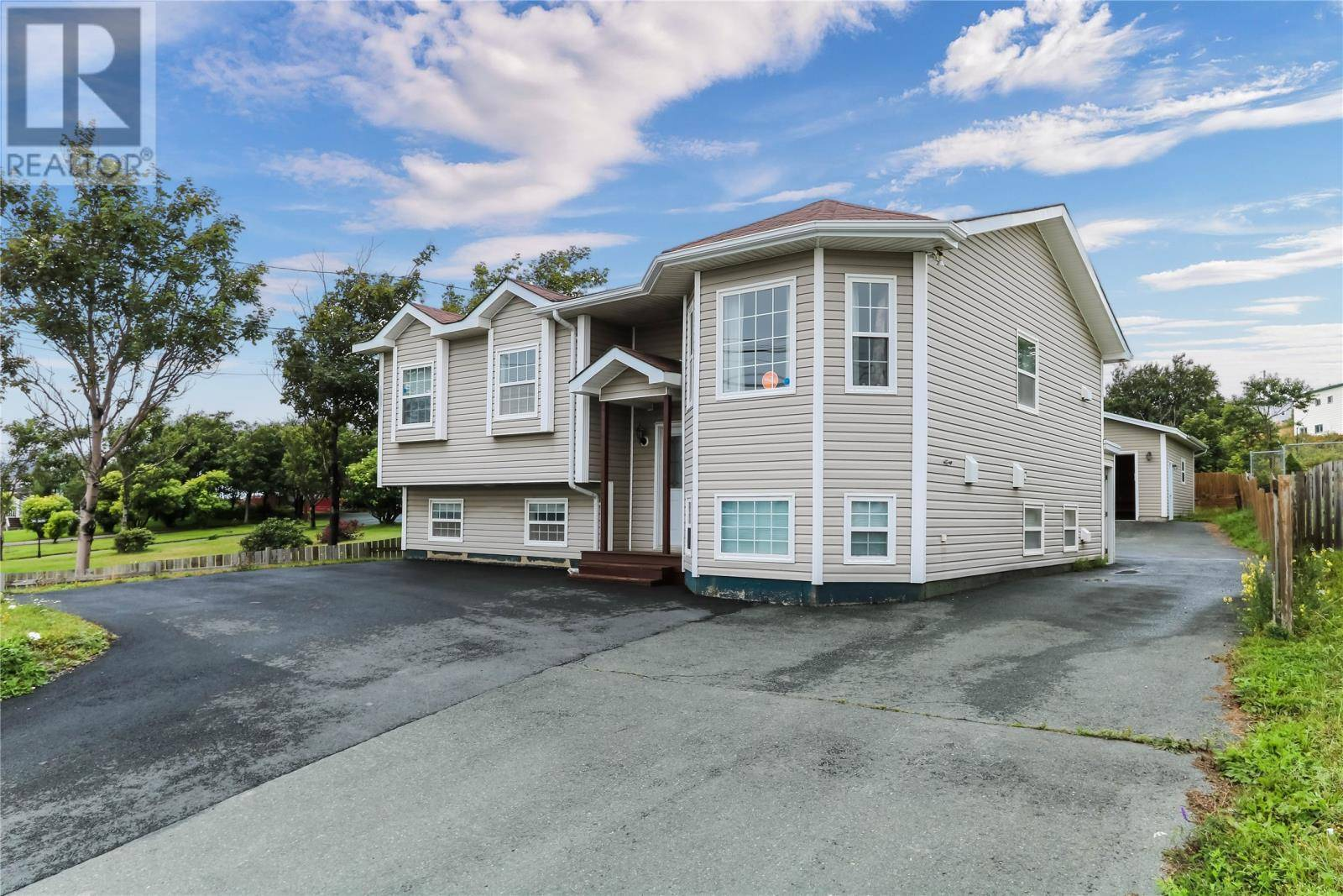 House for sale at 1624 Topsail Rd Paradise Newfoundland - MLS: 1205511