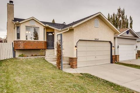 House for sale at 16247 Shawfield Dr Southwest Calgary Alberta - MLS: C4274151