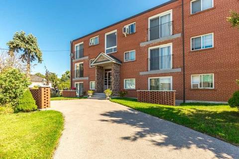 Residential property for sale at 1625 Charles St Whitby Ontario - MLS: E4584225
