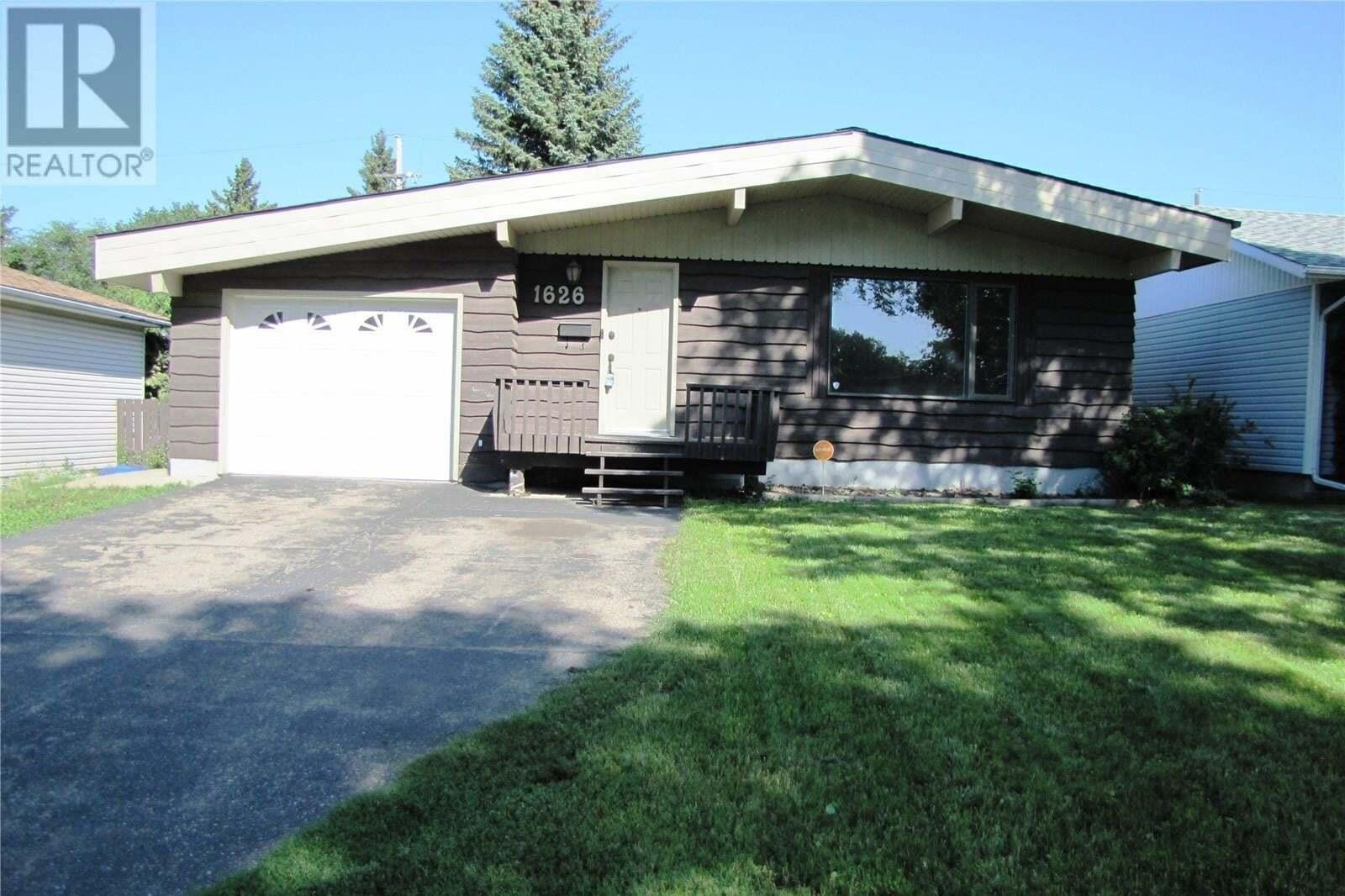 House for sale at 1626 H Ave N Saskatoon Saskatchewan - MLS: SK830963