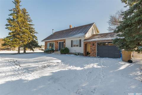 House for sale at 163 Fairview Rd Regina Saskatchewan - MLS: SK790295