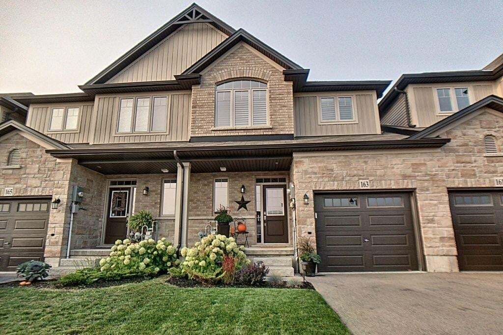 Townhouse for sale at 163 Fall Fair Wy Binbrook Ontario - MLS: H4088433