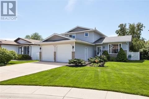 House for sale at 1630 31 St Se Medicine Hat Alberta - MLS: mh0169027