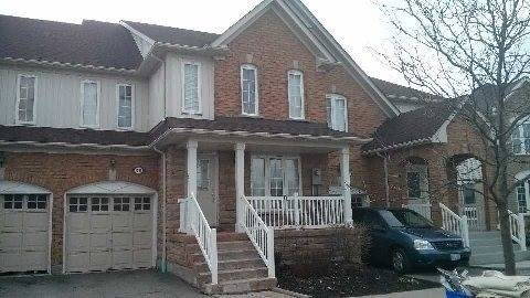 Townhouse for rent at 1632 Avonmore Sq Pickering Ontario - MLS: E4667986