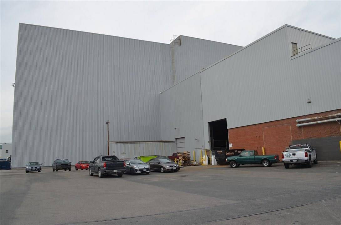 Commercial property for lease at 1632 Burlington St East Hamilton Ontario - MLS: 30675794