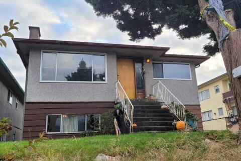 House for sale at 1632 Pender St E Vancouver British Columbia - MLS: R2483270