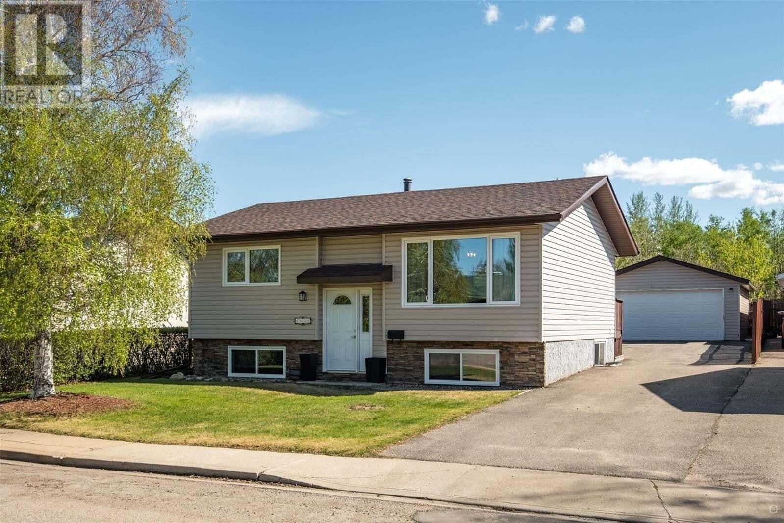 House for sale at 1635 Allbright Cres Prince Albert Saskatchewan - MLS: SK809634