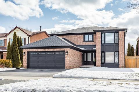 House for sale at 1637 Greenbriar Dr Oakville Ontario - MLS: W4698871