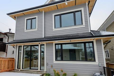 Townhouse for sale at 1639 Victoria Dr Vancouver British Columbia - MLS: R2372636