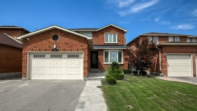 For Sale: 164 Fieldgate Drive, Vaughan, ON | 3 Bed, 4 Bath House for $999,999. See 16 photos!