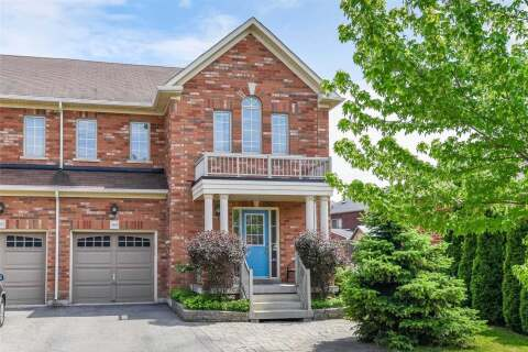 Townhouse for sale at 164 Lavery Hts Milton Ontario - MLS: W4811679