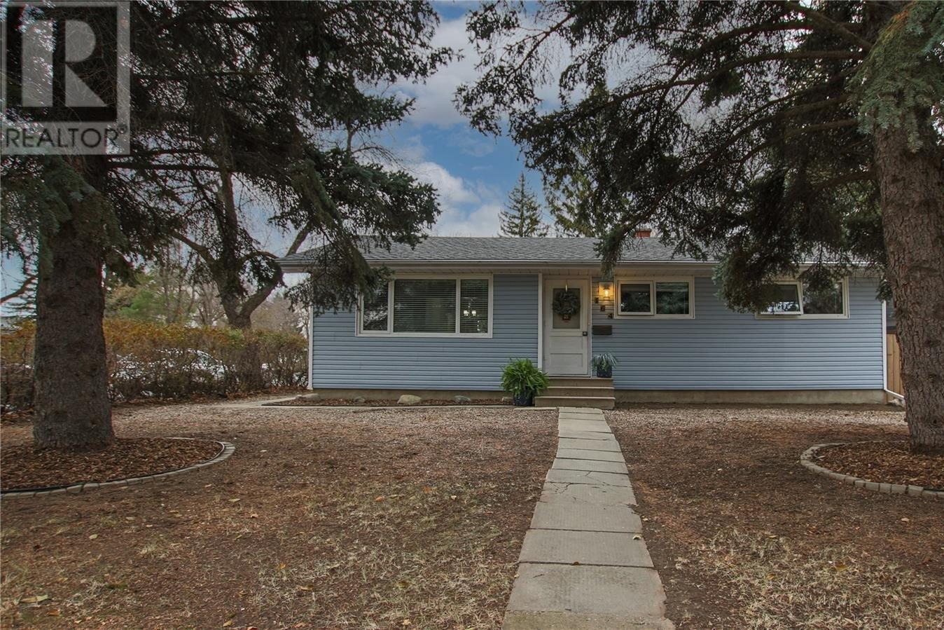 House for sale at 164 Marsh Cres Regina Saskatchewan - MLS: SK833420