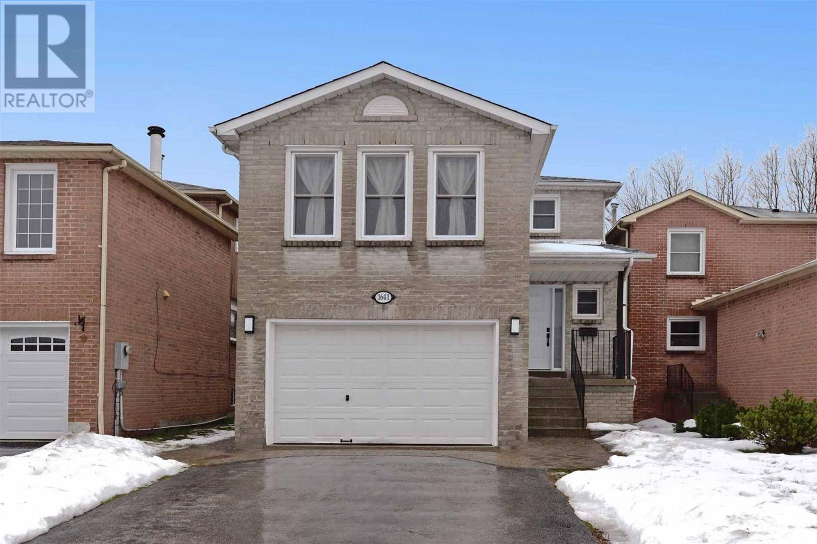 House for sale at 1641 Fairfield Cres Pickering Ontario - MLS: E4663758