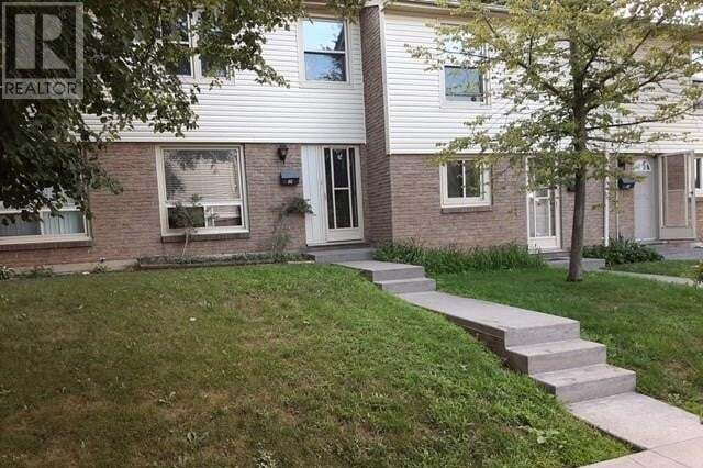 Townhouse for sale at 165 Green Valley Dr Kitchener Ontario - MLS: 30824078