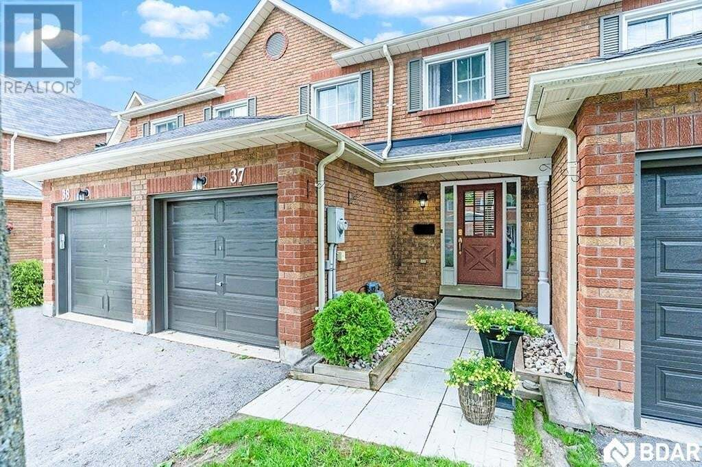 Townhouse for sale at 165 Kozlov St Barrie Ontario - MLS: 30810661