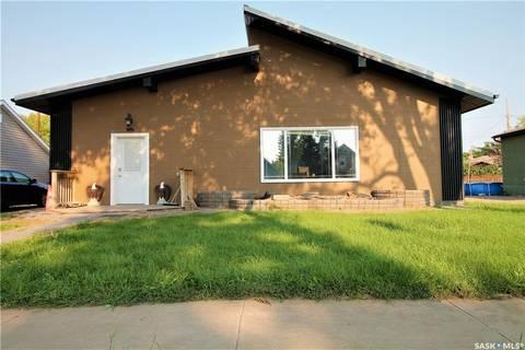 House for sale at 1652 102nd St North Battleford Saskatchewan - MLS: SK781270