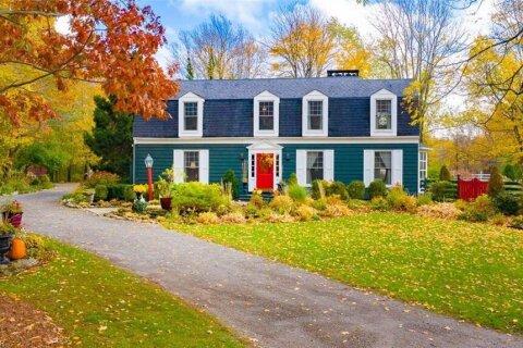 Home for sale at 1652 Ridge Rd Ridgeway Ontario - MLS: 40039625