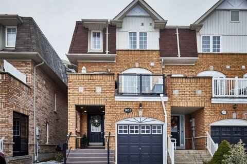 Townhouse for sale at 1655 Avonmore Sq Pickering Ontario - MLS: E5000363