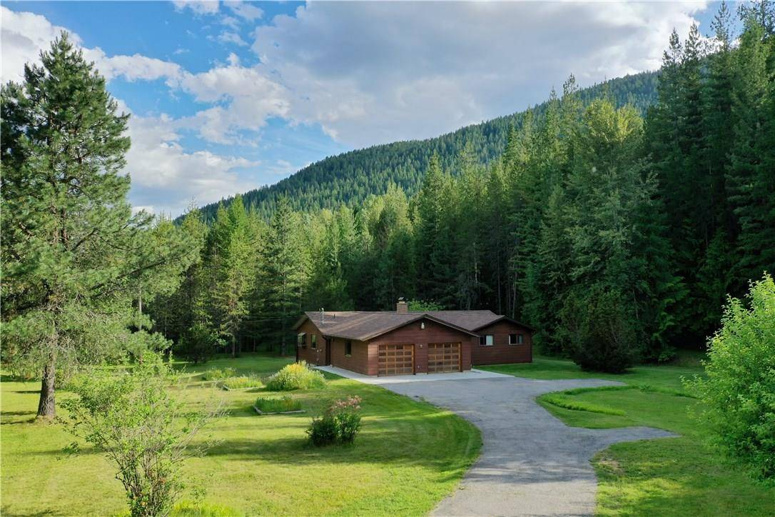 House for sale at 1655 Lakeview-arrow Creek Road  Arrow Creek To Yahk British Columbia - MLS: 2435268