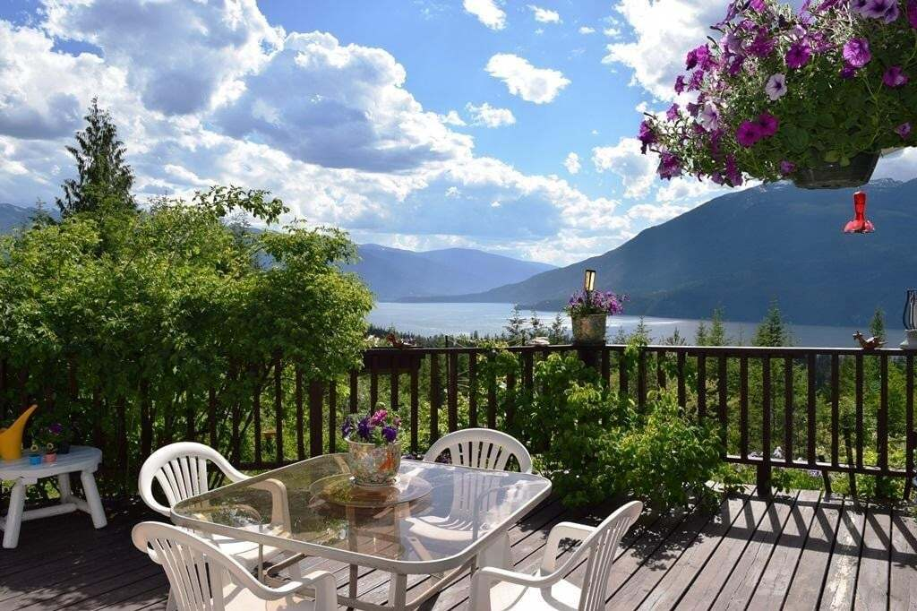 House for sale at 16550 Highway 3a  Crawford Bay British Columbia - MLS: 2452300