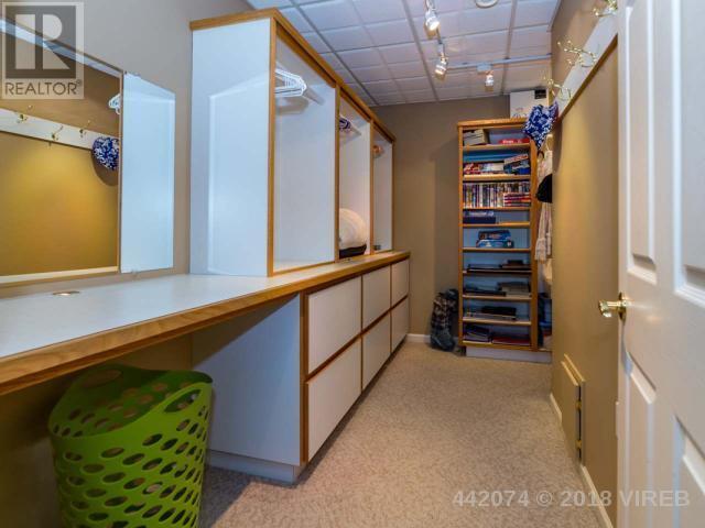 For Sale: 1657 Islington Court, Comox, BC | 5 Bed, 6 Bath House for $999,000. See 82 photos!