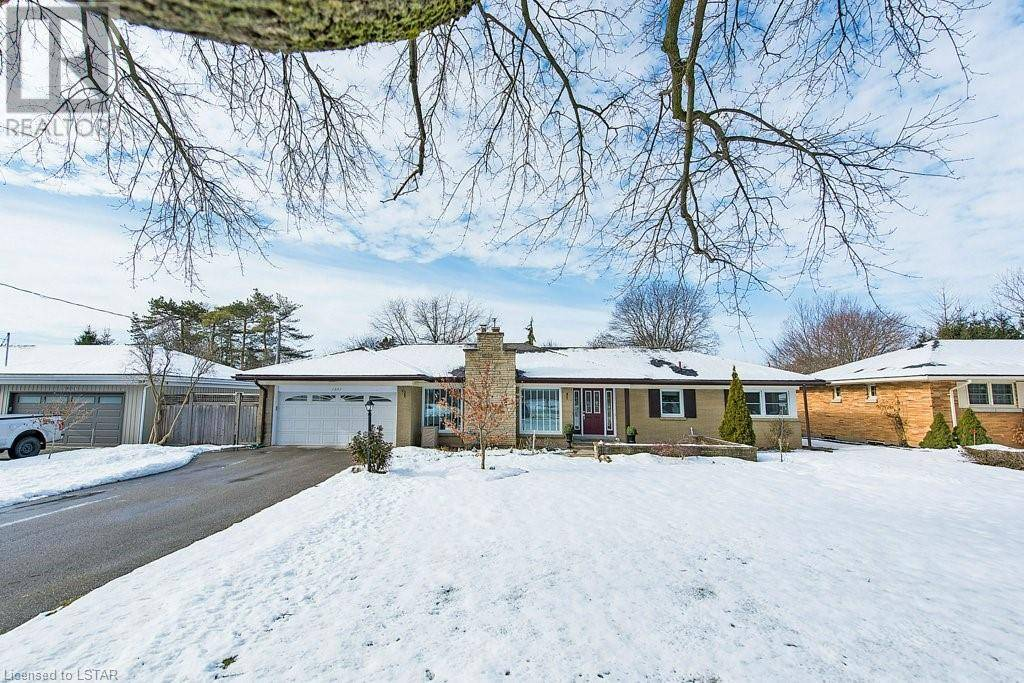 House for sale at 1657 Louise Blvd London Ontario - MLS: 242857