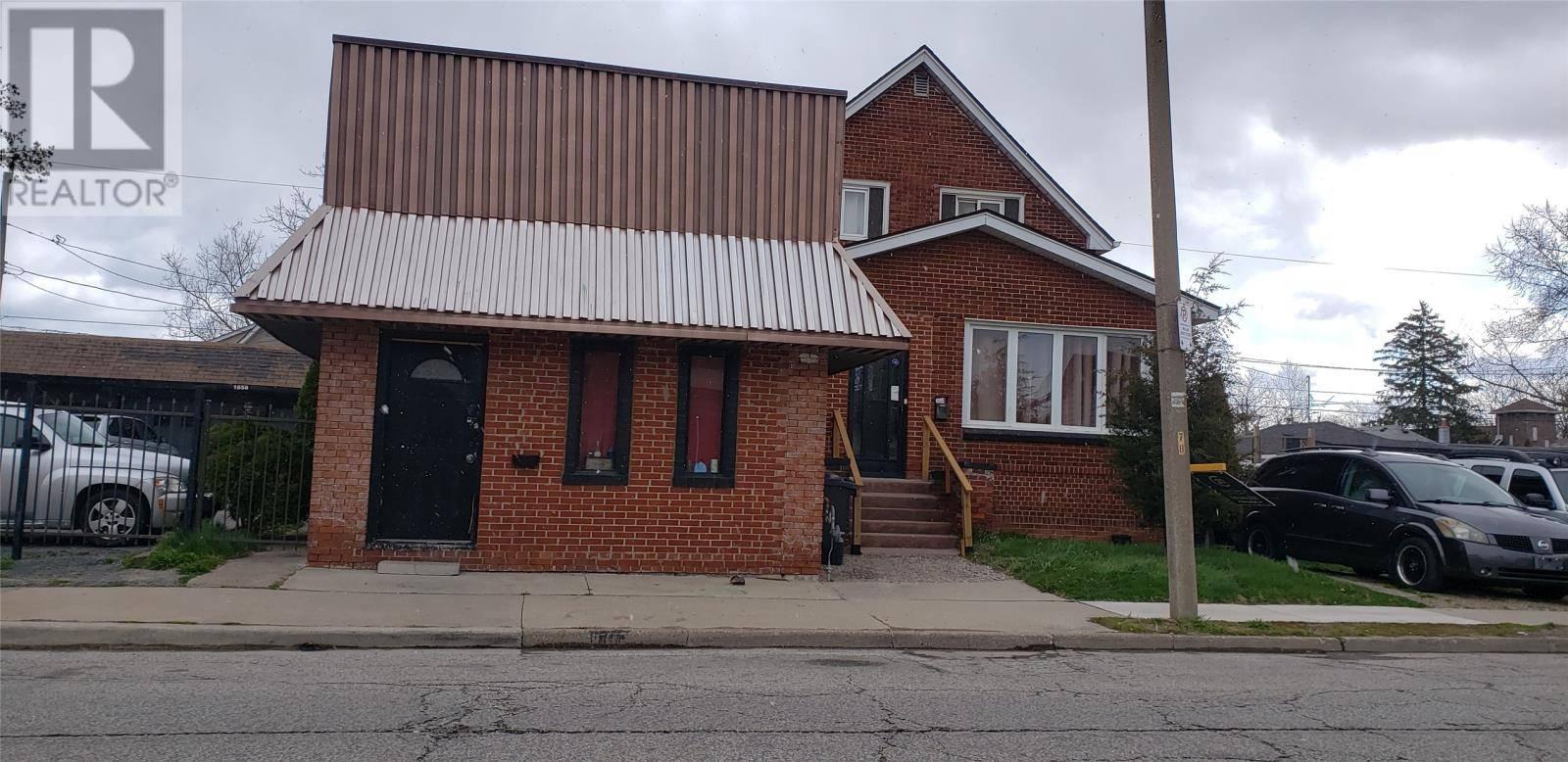 Townhouse for sale at 1658 Drouillard  Windsor Ontario - MLS: 20004465