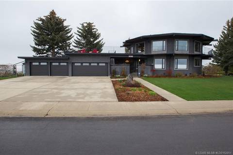 House for sale at 1658 Scenic Ht S Lethbridge Alberta - MLS: LD0152051