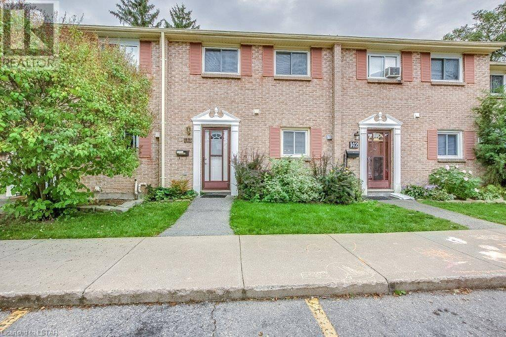 Townhouse for sale at 143 Southdale Rd Unit 166 London Ontario - MLS: 220590