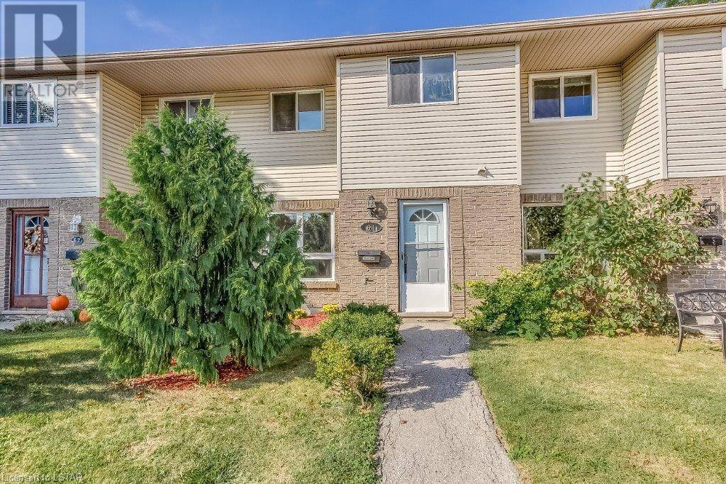 Townhouse for sale at 61 Southdale Rd Unit 166 London Ontario - MLS: 224861