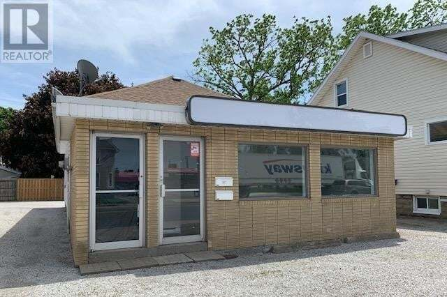 Commercial property for lease at 166 Grand Ave West Chatham Ontario - MLS: 20006244