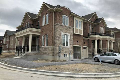 Townhouse for sale at 166 Harding Park St Newmarket Ontario - MLS: N4413913