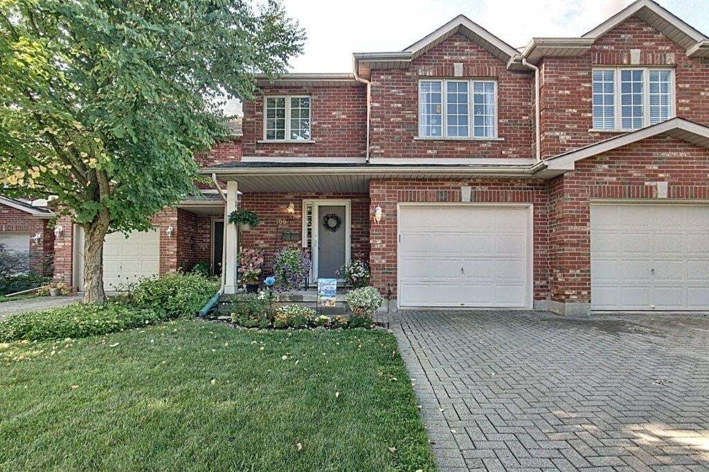 Townhouse for sale at 166 Lawrence Ln Fonthill Ontario - MLS: H4084838